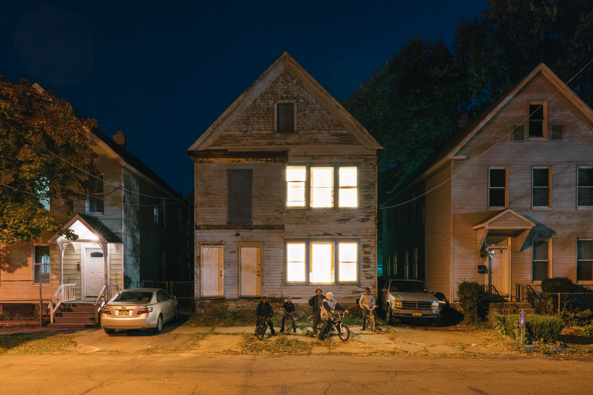 Scheduled Viewing Events for the Breathing Lights Installation in ...